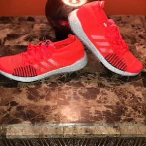 Adidas pulse boost hd  size 10 brand new